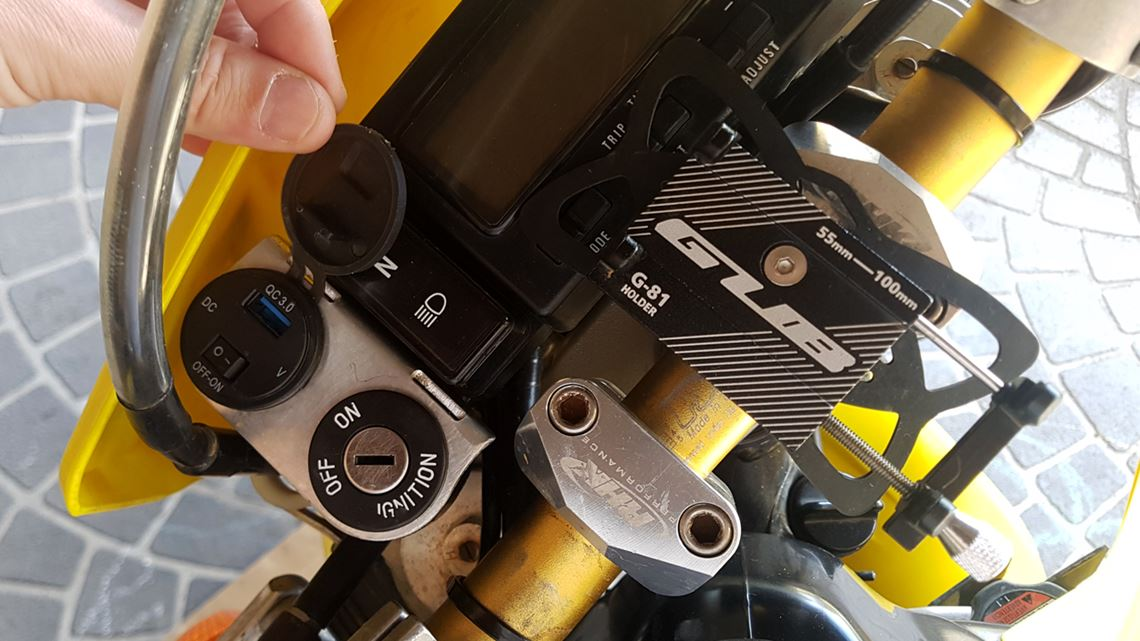 DRZ400 Ignition And Phone Charging Mount